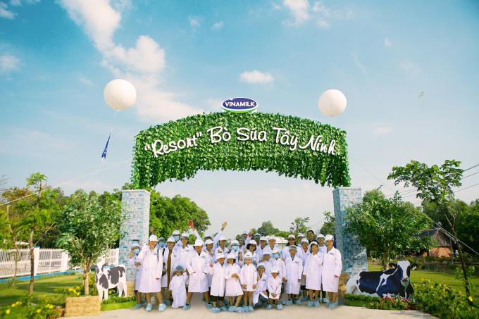 Các gia đình đã có một ngày khám phá Resort Bò sữa Tây Ninh với nhiều trải nghiệm thú vị.