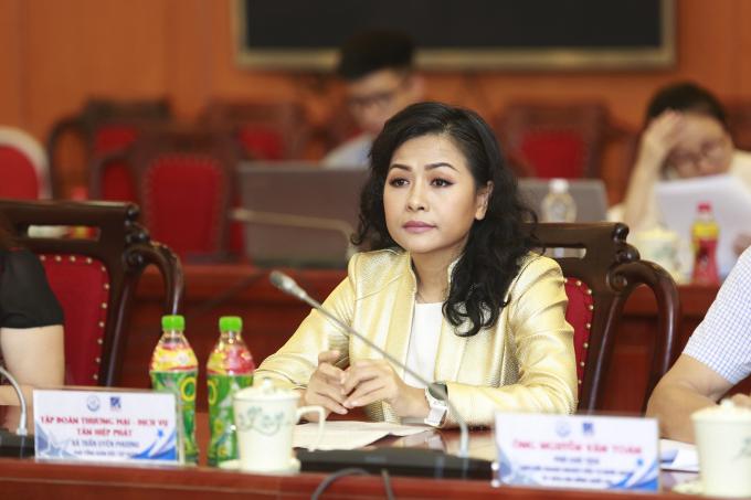 """Bà Trần Uyên Phương cho biết: """"Sản phẩm của Tân Hiệp Phát vượt qua các rào cản về kỹ thuật, tiêu chuẩn chất lượng, xuất xứ hàng hóa khắt khe nhất để tiến vào các thị trường có FTA với khoảng 20 quốc gia""""."""