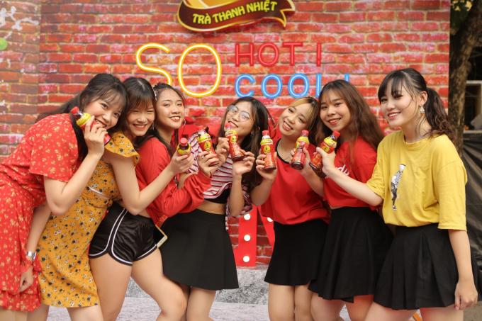 Các sản phẩm như Trà Thanh Nhiệt Dr Thanh được hàng triệu người tiêu dùng trong nước yêu chuộng và xuất khẩu tới khoảng 20 quốc gia trên thế giới.