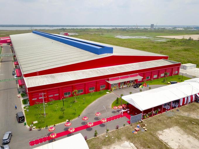 Nhà máy NGK Number One Hậu Giang vừa được Tân Hiệp Phát khánh thành đầu năm vừa qua là một trong những nhà máy hiện đại và có công suất lớn bậc nhất Việt Nam.