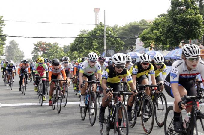 Giải có sự tham gia của các đội đua đến từ Malaysia, Hàn Quốc, Australia, Phillippines.