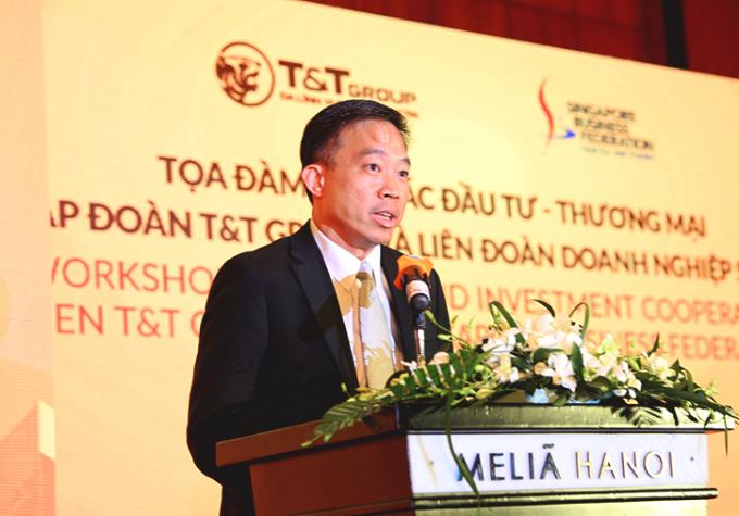 Ông PNG Cheong Boon – Tổng Giám đốc điều hành – Cơ quan Phát triển Doanh nghiệp Singapore phát biểu tại buổi Tọa đàm.