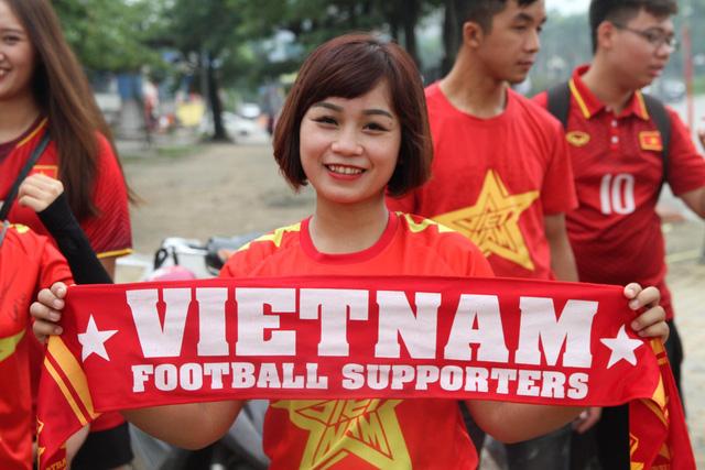 Hình ảnh các tuyển thủ Olympic Việt Nam về đến Hà Nội