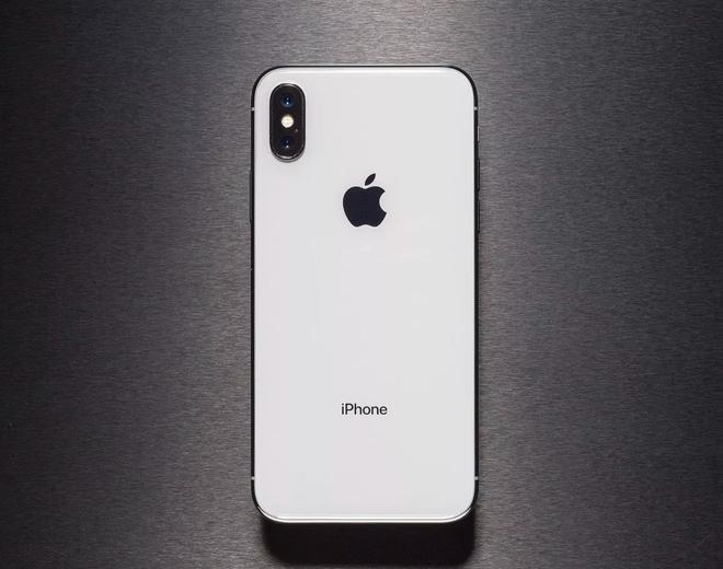 iPhone OLED 6,5 inch sẽ được đặt tên là iPhone Xs Max?