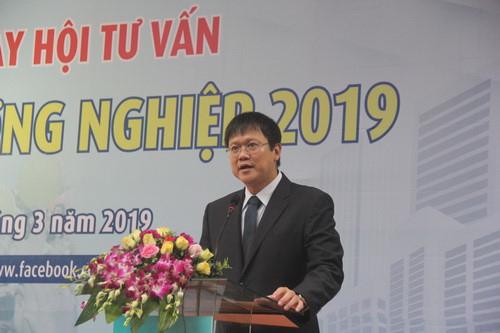 Thứ trưởng Bộ GD&ĐT Lê Hải An phát biểu tạiNgày hội Tư vấn tuyển sinh-hướng nghiệp 2019
