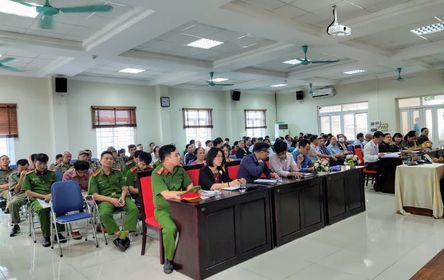 Toàn cảnh buổi Hội nghị Công an lắng nghe ý kiến nhân dân tại phường Cống vị