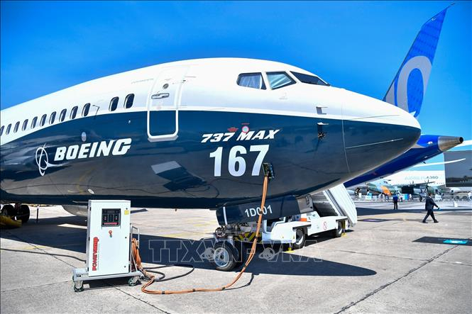 Máy bay Boeing 737 MAX của hãng Boeing được trưng bày tại triển lãm hàng không quốc tế Paris, Pháp. Ảnh tư liệu: THX/TTXVN