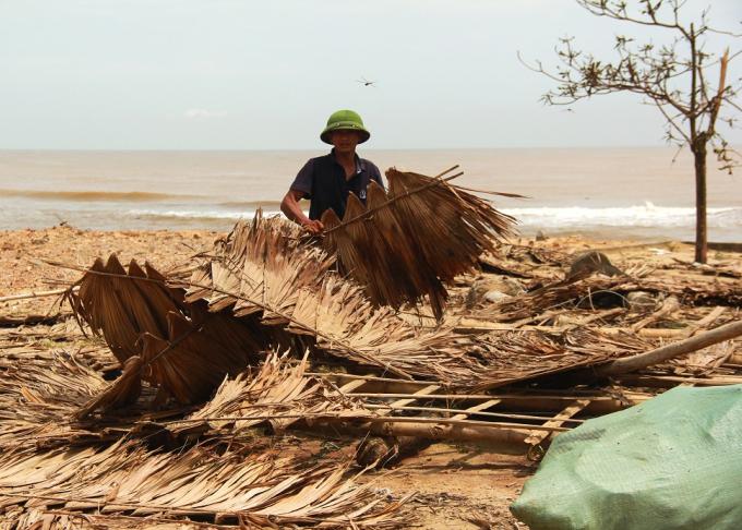 Trung bình mỗi gia đình thiệt hại ít nhất từ 40 - 50 triệu đồng sau bão.
