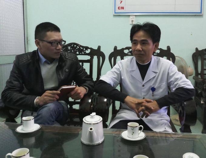 Bác sĩ Nguyễn Viết Thái – Phó giám đốc Bệnh viện Đa khoa Bắc Quảng Bình tại buổi làm việc với báo chí.