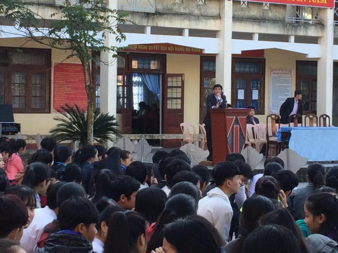 Buổi hướng dẫn, định hướng về du học với học sinh trường THPT An Lương Đông (Phú Lộc- Thừa Thiên Huế)