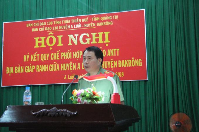 Đại tá Lê Quốc Hùng - GĐ Công an tỉnh Thừa thiên Huế phát biểu chỉ đạo tại buổi lễ
