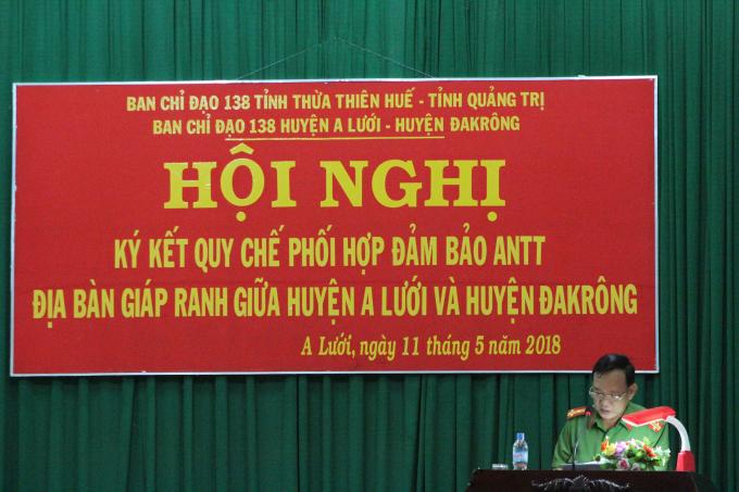 Thượng tá Phạm Quang Luận - Phó trưởng Công an huyện Đakrông phát biểu tại Hội nghị.
