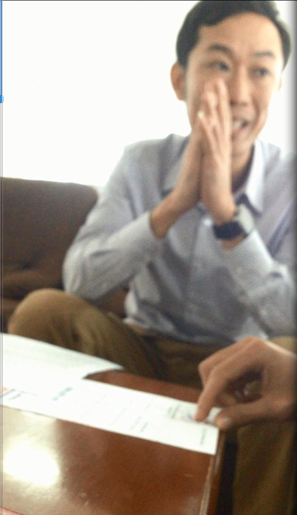 Anh Hà, người tự xưng là Trưởng phòng tổ chức hành chính của công ty cổ phần đầu tư địa ốc Sông Hồng.