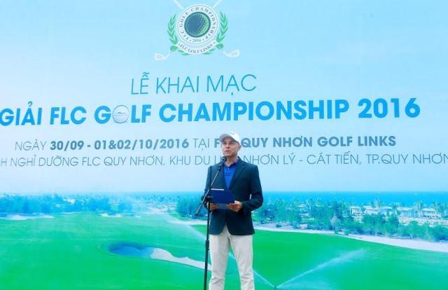 """""""Ngay cả những quý vị đã từng trải nghiệm tại sân golf này cũng sẽ vẫn tìm thấy cảm xúc tươi mới khi dự giải lần này, bởi 18 hố golf là 18 câu chuyện khác nhau"""", ông Kelly nói."""