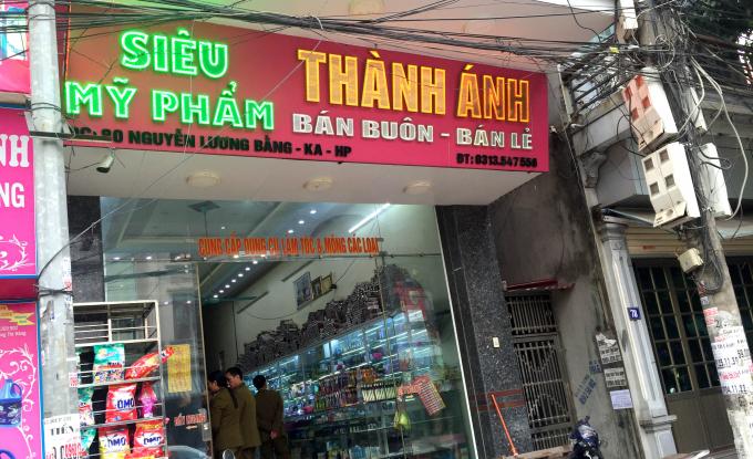 Cửa hàng mỹ phẩm Thành Ánh, địa chỉ 80 Nguyễn Lương Bằng, quận Kiến An, TP Hải Phòng.