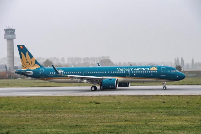 Dự kiến, sáng ngày 17/11, máy bay sẽ đáp xuống sân bay Nội Bài, sẵn sàng gia nhập đội bay của Vietnam Airlines.