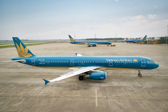Tàu bay Airbus A321 nằm trong đội tàu bay được Vietnam Airlines sử dụng để khai thác các đường bay giữa Việt Nam và Campuchia.