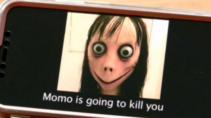 Biểu tượng của thử thách tự sát Momo gây ám ảnh, đặc biệt đối với trẻ em.