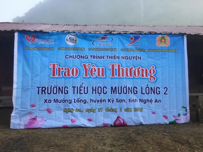 Chương trình thiện nguyện Trao tặng yêu thương phối hợp cùng với nhiều đơn vị, các nhà hảo tâm trong và ngoài nước