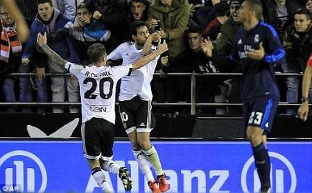 Valencia đã có một trận đấu quả trước một Real đang khát điểm.(ảnh Đông Bắc)