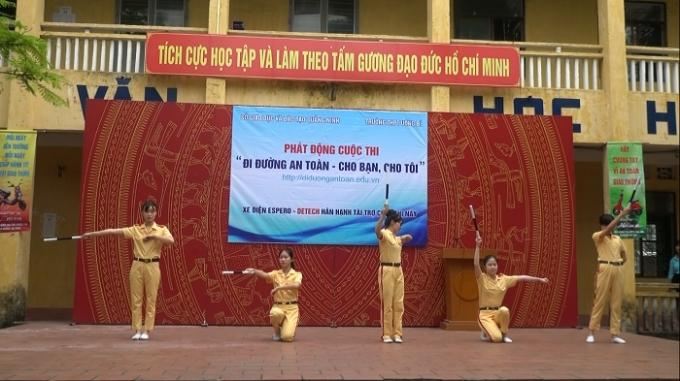 Trường THPT Uông Bí, Quảng Ninh.