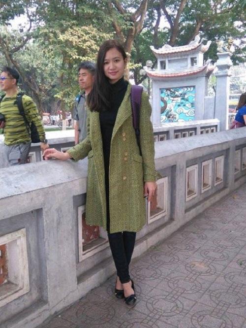 Hà Vân luôn tin rằng, bây giờ mẹ và chị gái cô cũng đang đi tìm mình.