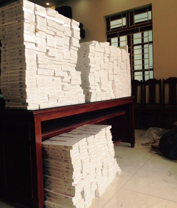 Gần 6.000 bao thuốc lá ngoại nhập lậu.