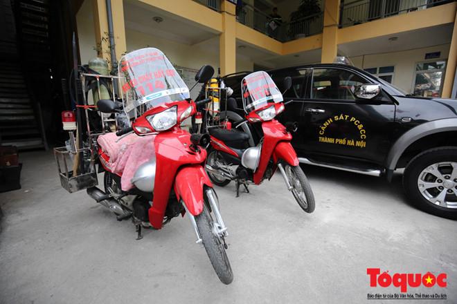 Phòng Cảnh sát PCCC số 1, Cảnh sát PCCC Hà Nội đã sáng tạo và chính thức đưa vào sử dụng một loạtxe máy chữa cháy cơ động. Đây được đánh giá là một trong những biện pháp tối ưu nhằm chữa cháy trong các ngõ nhỏ, tình huống khẩn cấp.