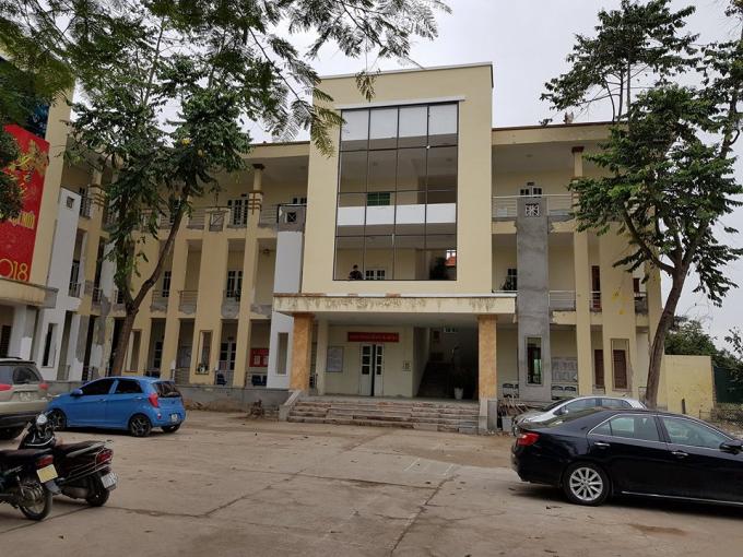 Trụ sở UBND phường Ngọc Thụy nơi để xảy ra những sai phạm khủng của chủ đầu tư khi xây dựng dự án khu nhà ở thấp tầng TT1 Khai Sơn Hill Long Biên.