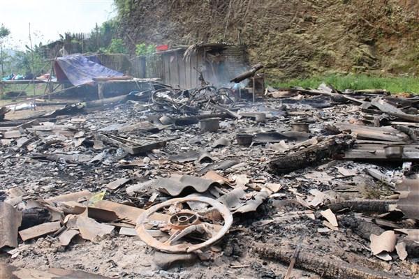 Căn nhà cùng tài sản bị đốt cháy hoàn toàn.