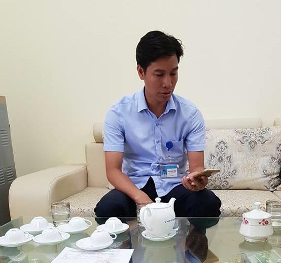 Ông Trần Xuân Tĩnh - Chủ tịch UBND xã Phù Đổng trao đổi với phóng viên.