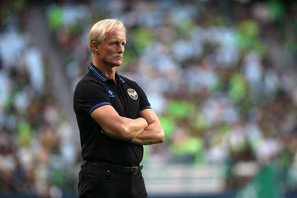 HLVJorn Andersen đã chính thức bị sa thải.