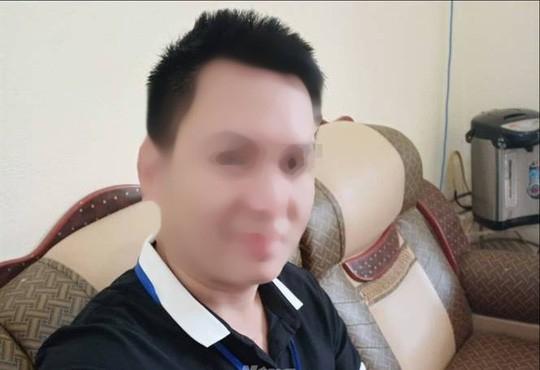 Chân dung thầy giáo Nguyễn Việt Anh.