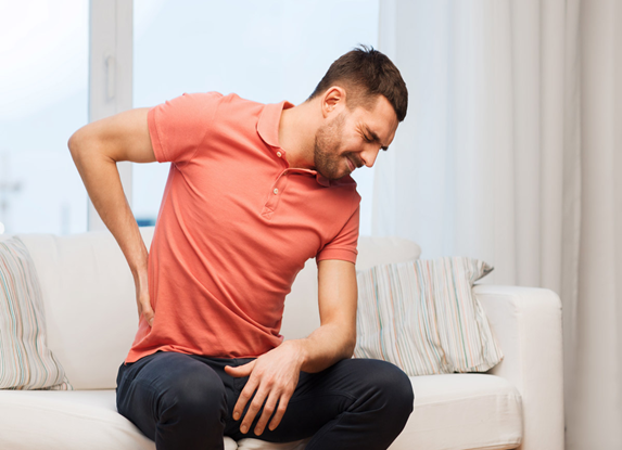 Sỏi thận, tiết niệu nếu không điều trị dứt điểm nhanh chóng sẽ gây nhiều biến chứng nguy hiểm, thận có thể bị mất chức năng không thể phục hồi.