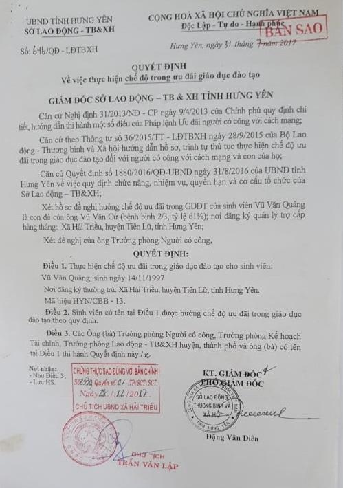 Quyết định số 646/QĐ-LĐTBXH của Sở LĐTBXH tỉnh Hưng Yên cho con trai ông cứ được hưởng chế độ ưu đãi trong giáo dục do ông Đặng Văn Diễn ký ngày 31/7/2017.