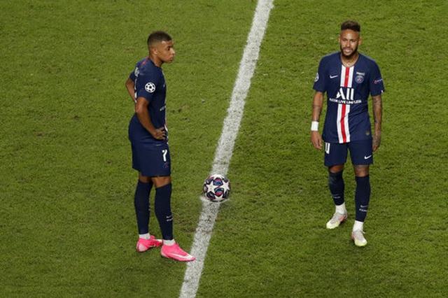 Mbappe và Neymar thi đấu không hiệu quả trong trận chung kết.