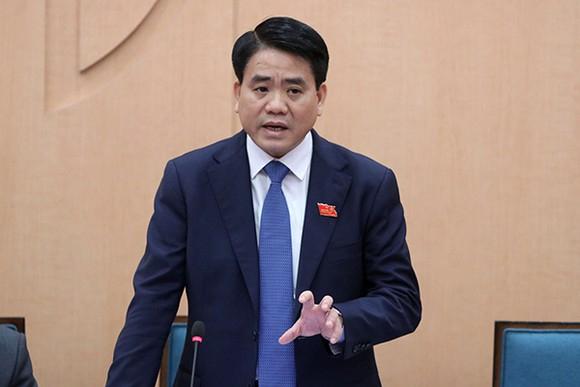 """Ông Nguyễn Đức Chung trước lúc bị truy tố tội """"Chiếm đoạt tài liệu bí mật nhà nước""""."""