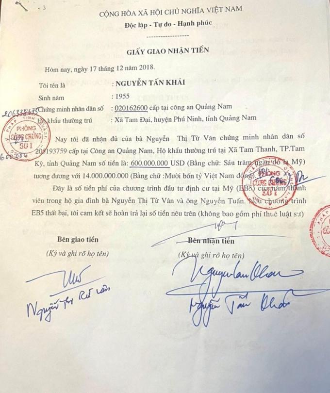 Giấy giao nhận tiền 600.000 USD ký giữa bà Vân với ông Khải ngày 17/12/2018.