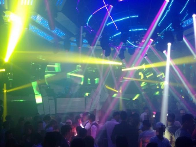 Bar 212 Nguyễn Trãi được đánh giá cao về chất lượng âm thanh  và đội ngũ DJ rấthot.