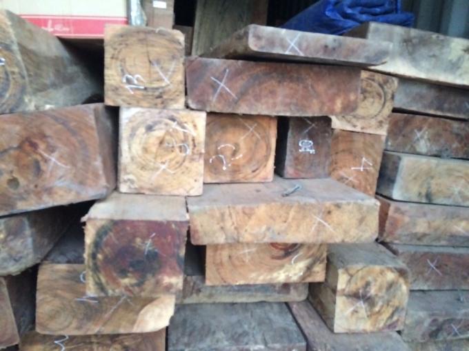 6,7m3 gỗ bị lực lượng chức năng thu giữ.