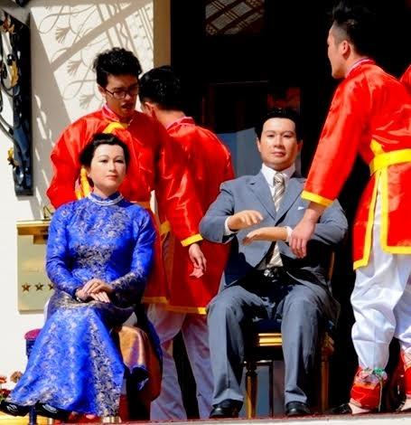 Tượng sáp Vua Bảo Đại và Nam Phương Hoàng hậu.