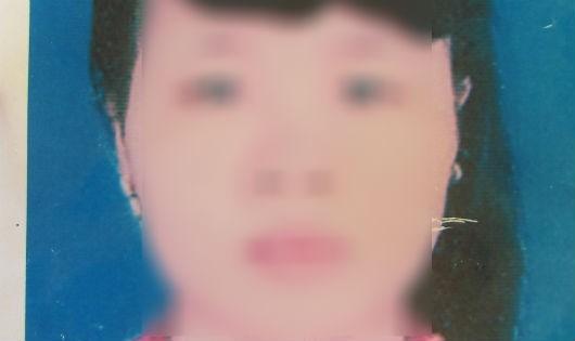 Cô gái vừa được giải cứu sau tám tháng bị bắt cóc sang Trung Quốc.