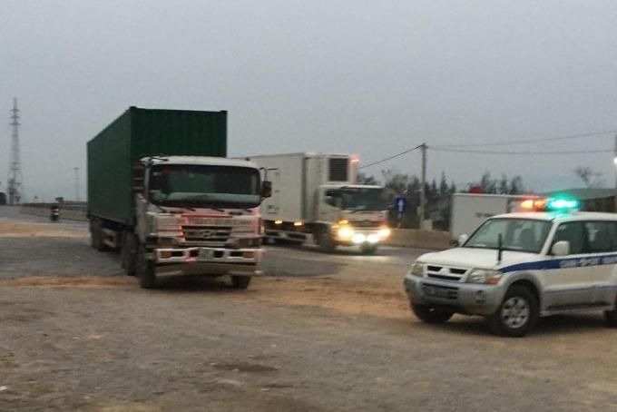 Chiếc xe container bỏ chạy gần 20km trước khi bị tạm giữ.