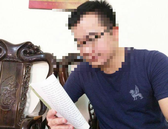 Phóng viên Đinh Hữu Dư.
