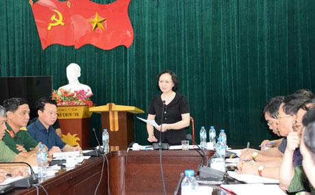 Bà Phạm Thị Thanh Trà - Bí thư Tỉnh ủy chỉ đạo công tác khắc phục hậu quả mưa lũ. (Ảnh: Báo Yên Bái)