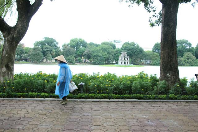 Hôm nay Hà Nội chuyển rét (Ảnh: Nguyễn Dương).