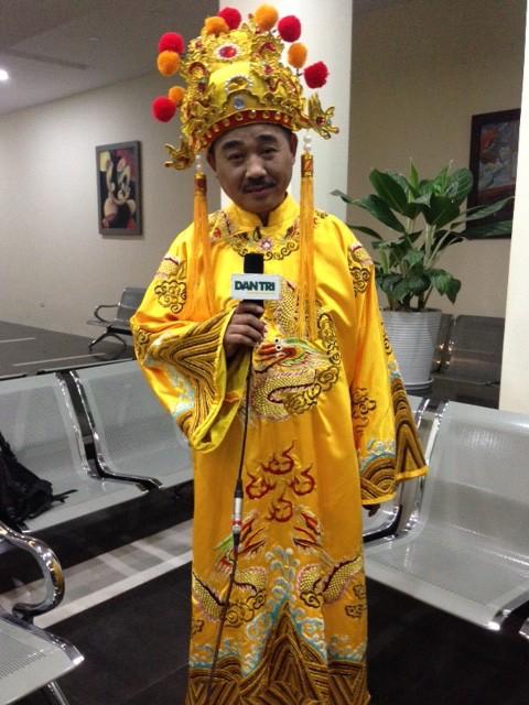 Ngọc Hoàng Quốc Khánh gửi lời chúc mừng năm mới tới độc giả Dân trí trong mỗi mùa Táo Quân.