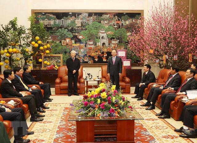 Tổng Bí thư Nguyễn Phú Trọng chúc Tết Đảng bộ, chính quyền và nhân dân tỉnh Hưng Yên. (Ảnh: Trí Dũng/TTXVN)