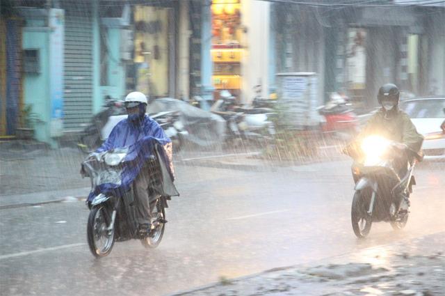 Miền Bắc mưa giông. (Ảnh minh họa: Nguyễn Dương).