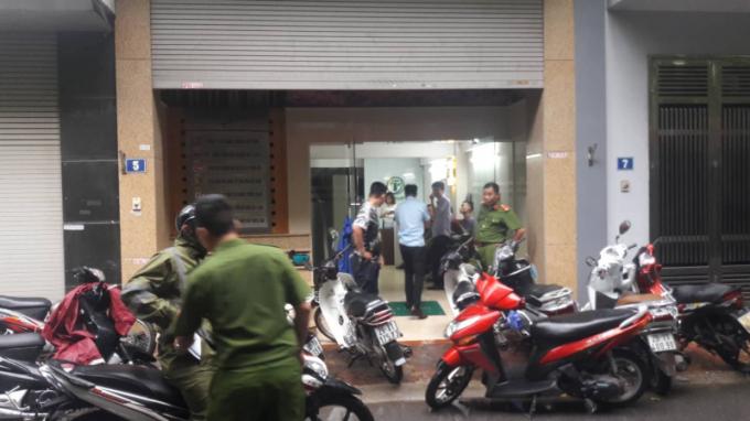 Cơ quan công an dựng lại hiện trường vụ 2 phóng viên bị hành hung.